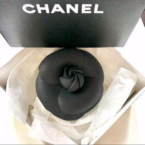 Auth CHANEL Camellia Brooch GoldTone Metal Closure